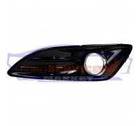 Накладка ПТФ левая глянец неоригинал для Ford Fiesta 7 c 12-17