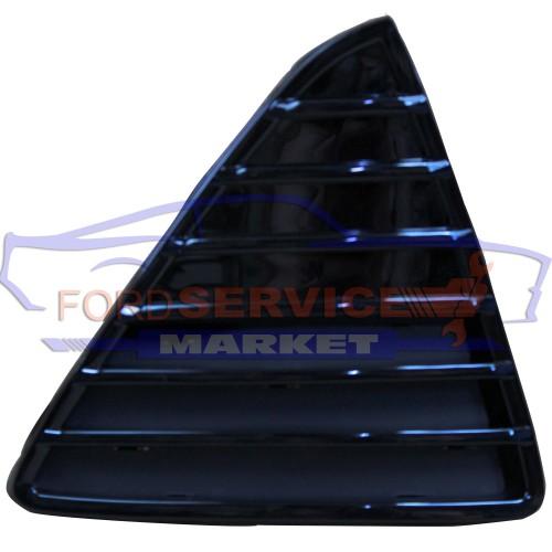 Решетка переднего бампера правая глянец неоригинал для Ford Focus 3 c 11-14