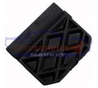 Заглушка заднего бампера неоригинал для Ford Focus 3 c 11-14 хетчбек
