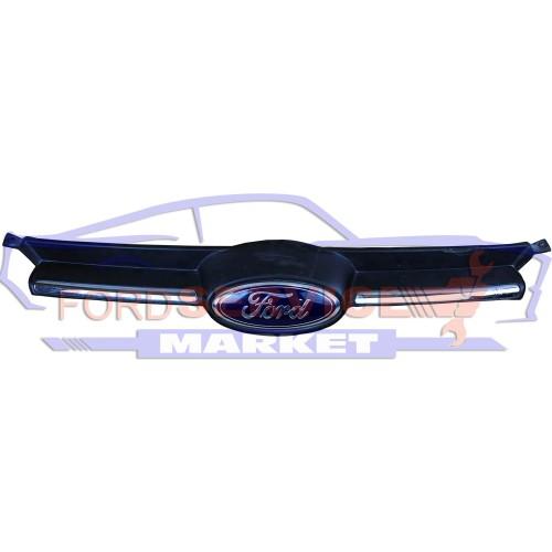 Решетка радиатора верхняя с эмблемой Б/У оригинал для Ford Focus 3 c 11-14