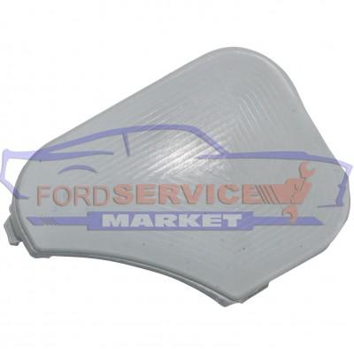 Заглушка буксировочного крюка переднего бампера неоригинал для Ford Fiesta 6 c 06-08