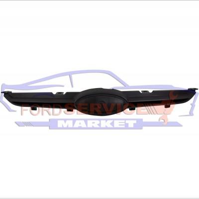 Решетка переднего бампера аналог для Ford Fiesta 7 с 08-12