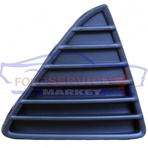Решетка переднего бампера правая матовая неоригинал для Ford Focus 3 c 11-14