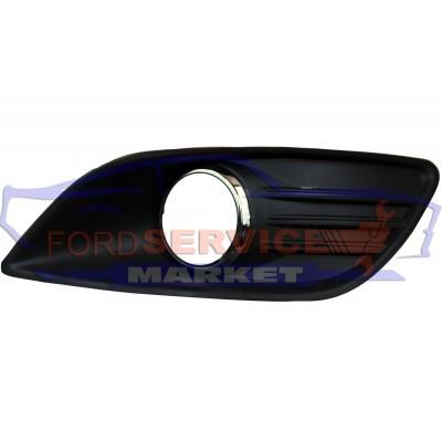Накладка ПТФ правая аналог для Ford Focus 2 c 08-11