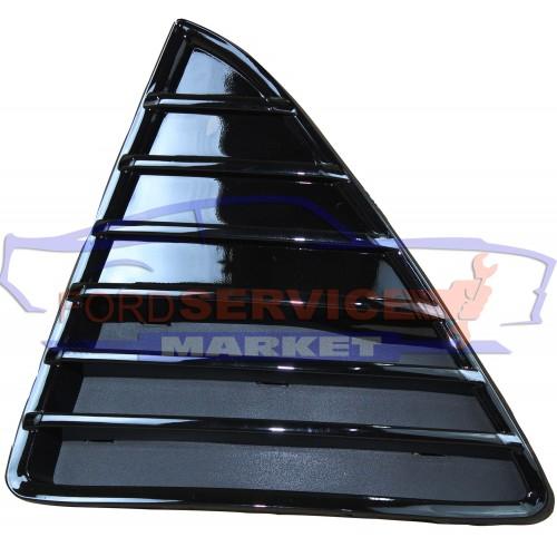 Решетка переднего бампера левая глянец неоригинал для Ford Focus 3 c 11-14
