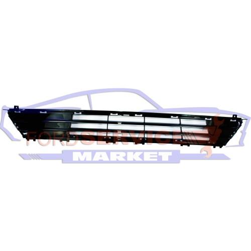 Решетка переднего бампера нижняя глянец неоригинал для Ford Fusion USA c 17-
