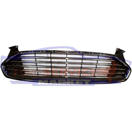Решетка переднего бампера центральная аналог для Ford Mondeo 5 c 14-19, Fusion USA c 13-16 , хром полоски