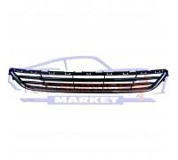 Решетка переднего бампера нижняя аналог для Ford Mondeo 5 c 14-19, Fusion USA c 13-16, черный глянец, хром